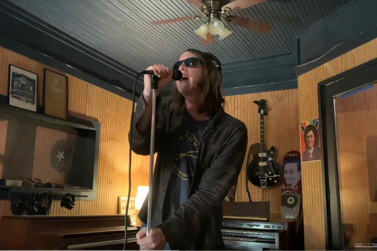 Drive-By Truckers Release Video For Cover Of The Ramones Classic