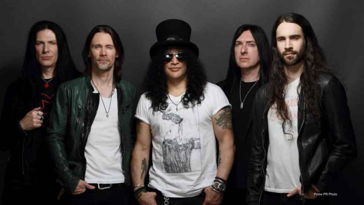 Slash's Solo Band Continues Work On New Music