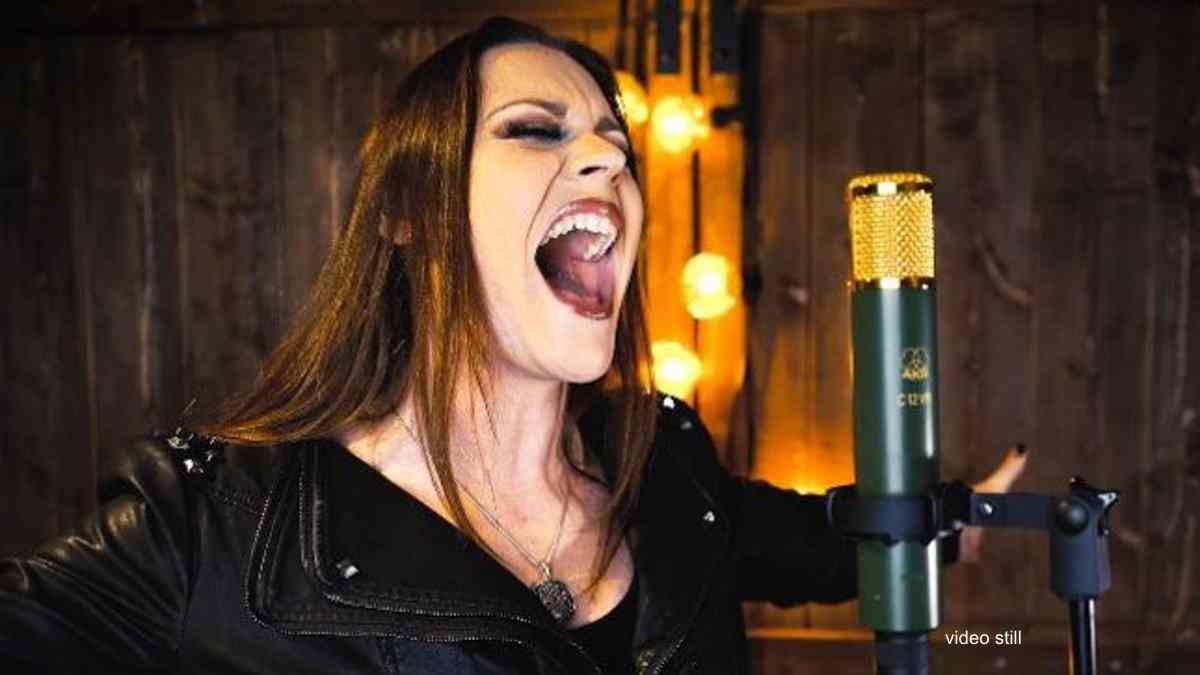 Nightwish Frontwoman Rocks Disney Frozen Hit