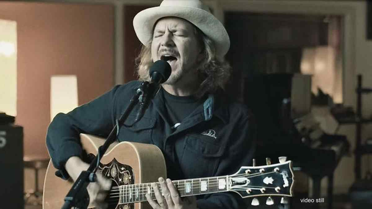 Eddie Vedder Releases Video For New Song 'Matter Of Time'