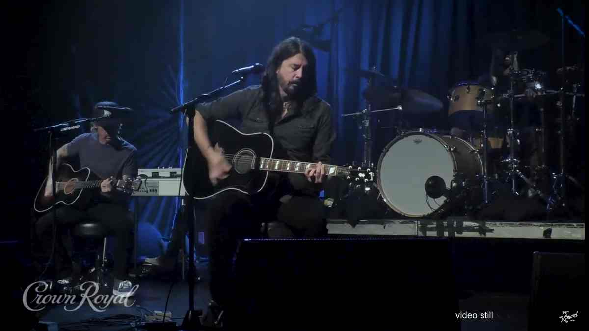 The Foo Fighters Learn To Fly Unplugged On Jimmy Kimmel