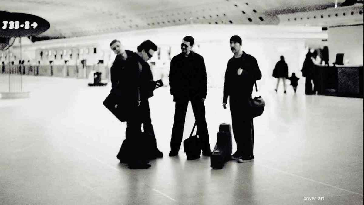 U2 Share 2001 Boston Performance Video Of Elevation