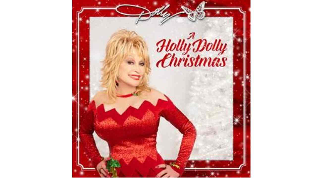 Dolly Parton Shares Her Take On 'I Saw Mommy Kissing Santa Claus'