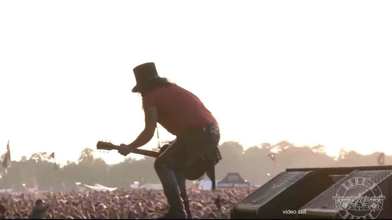 Guns N' Roses Share Multiple Download Videos