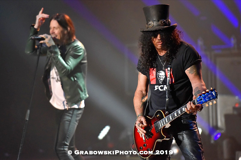 Slash Live In Milwaukee